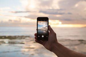 スマート民泊用IoTデバイス「TATERU Phone」